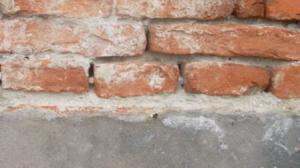 umidità di risalita efflorescenze sali sul muro